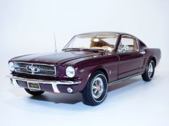 FORD MUSTANG Fastback bordeaux 1965 1/18